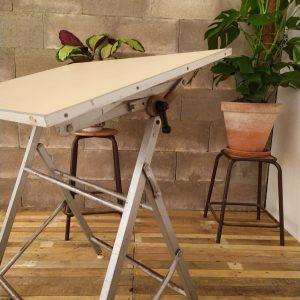 Table à Dessin / Architecte